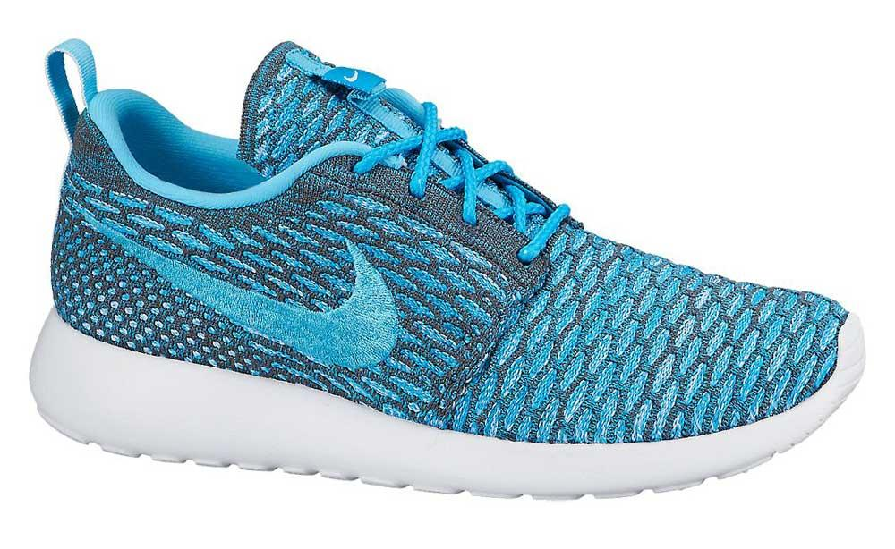 Nike Rosherun Flyknit buy and offers on Runnerinn b7d18806fc8e