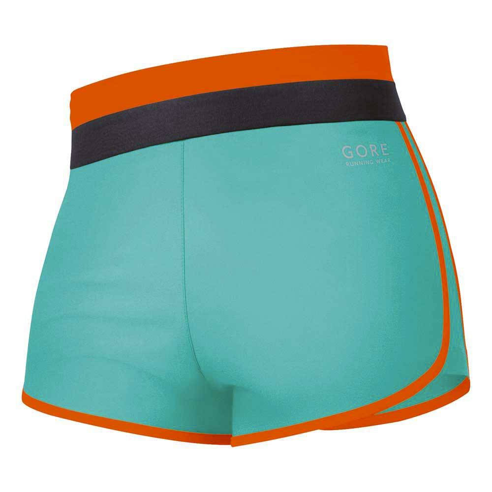 Gore running Sunlight 3.0 Shorts