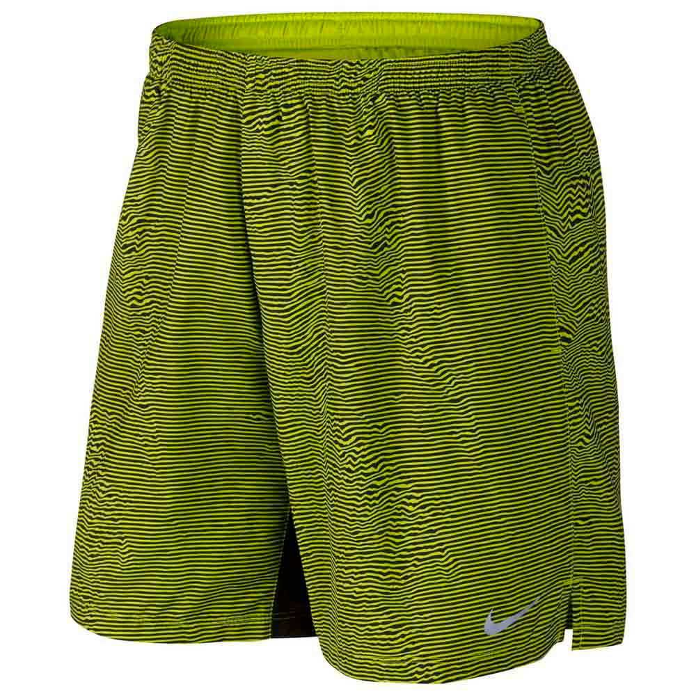 ae55221d9747 Nike 7 Printed Distance Short buy and offers on Runnerinn