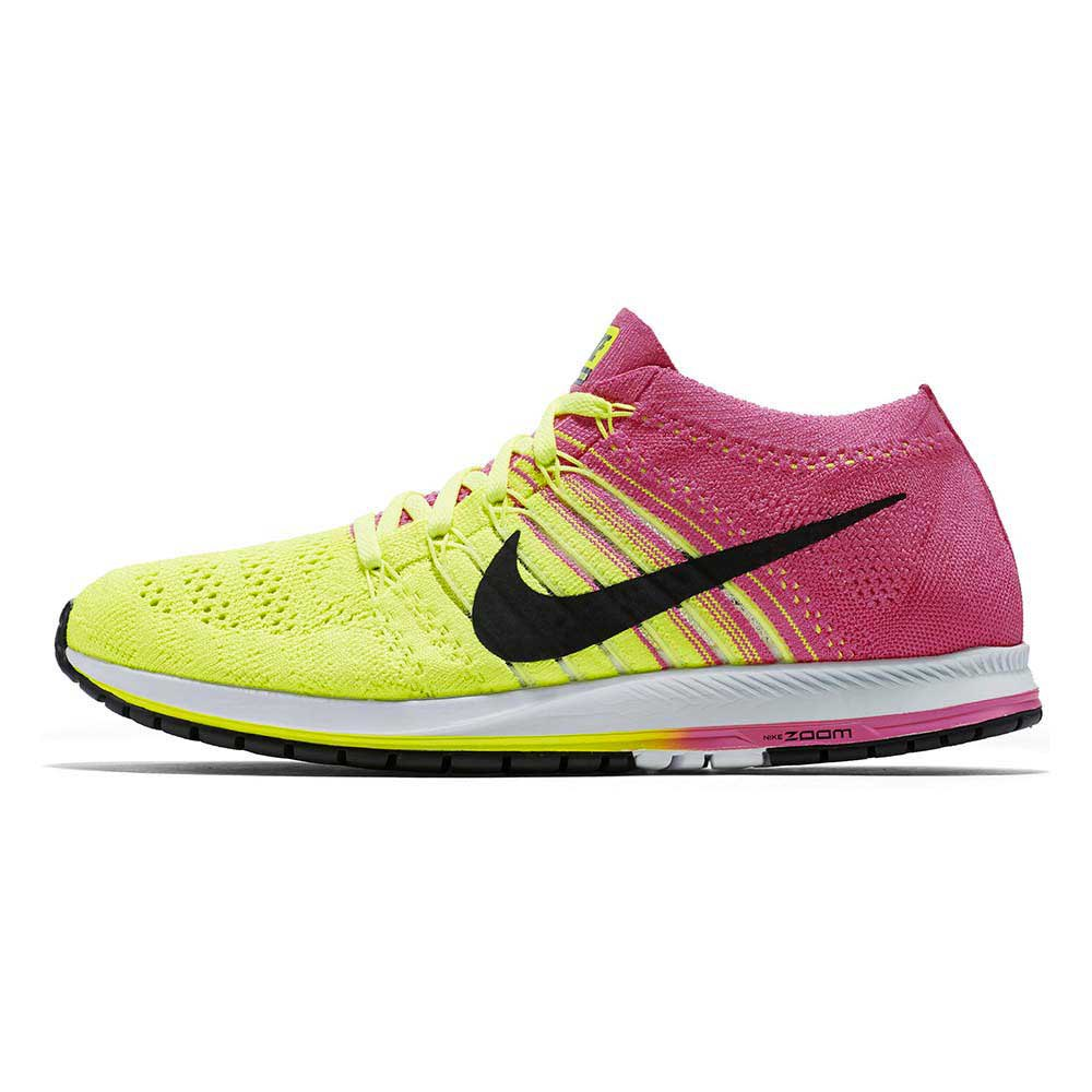 303103748bf Nike Flyknit Streak Oc buy and offers on Runnerinn