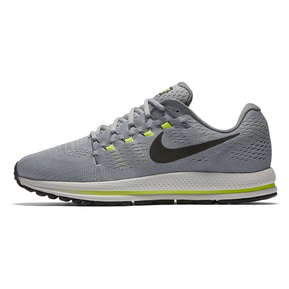 release date: b6bf9 31a7e Nike Air Zoom Vomero 12 Wide buy and offers on Runnerinn
