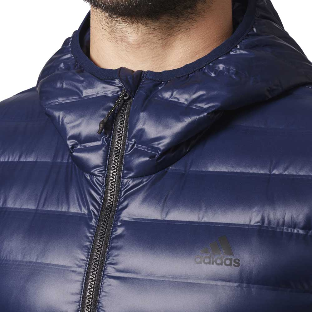 4d31b065 adidas Varilite Hooded Blå køb og tilbud, Runnerinn