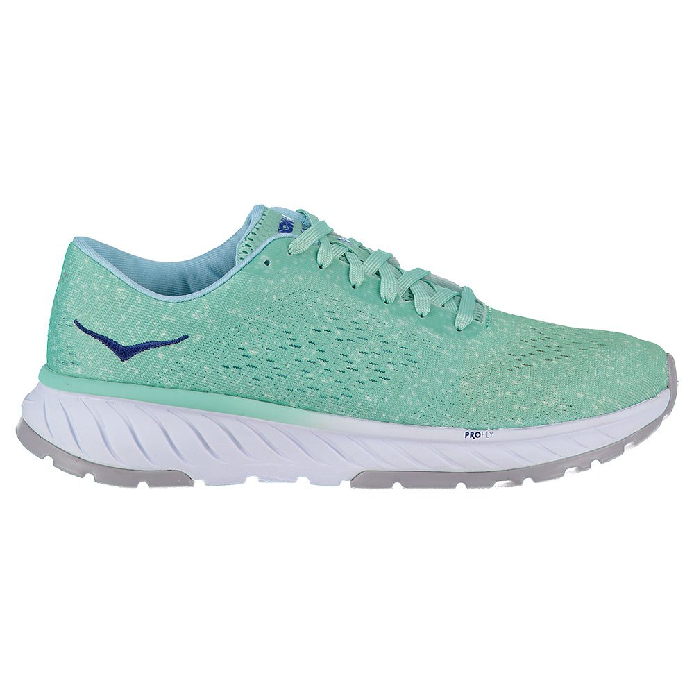 Running Hoka-one-one Fly Cavu 2