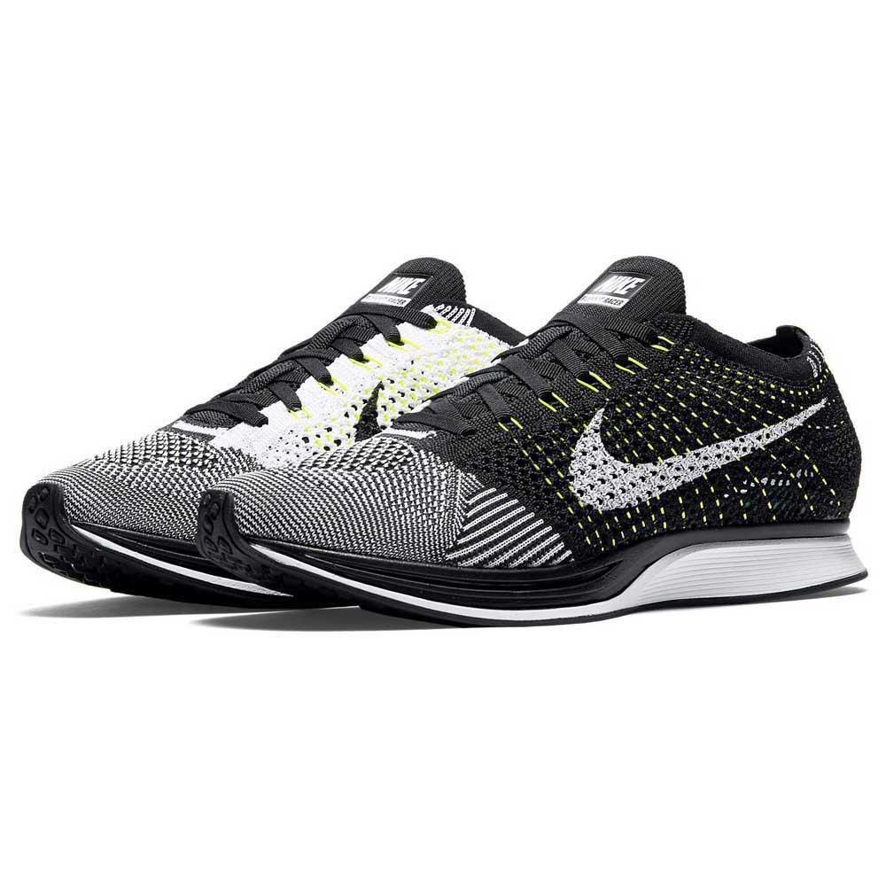 outlet store 11e3a 29a7d Nike Flyknit Racer acheter et offres sur Runnerinn